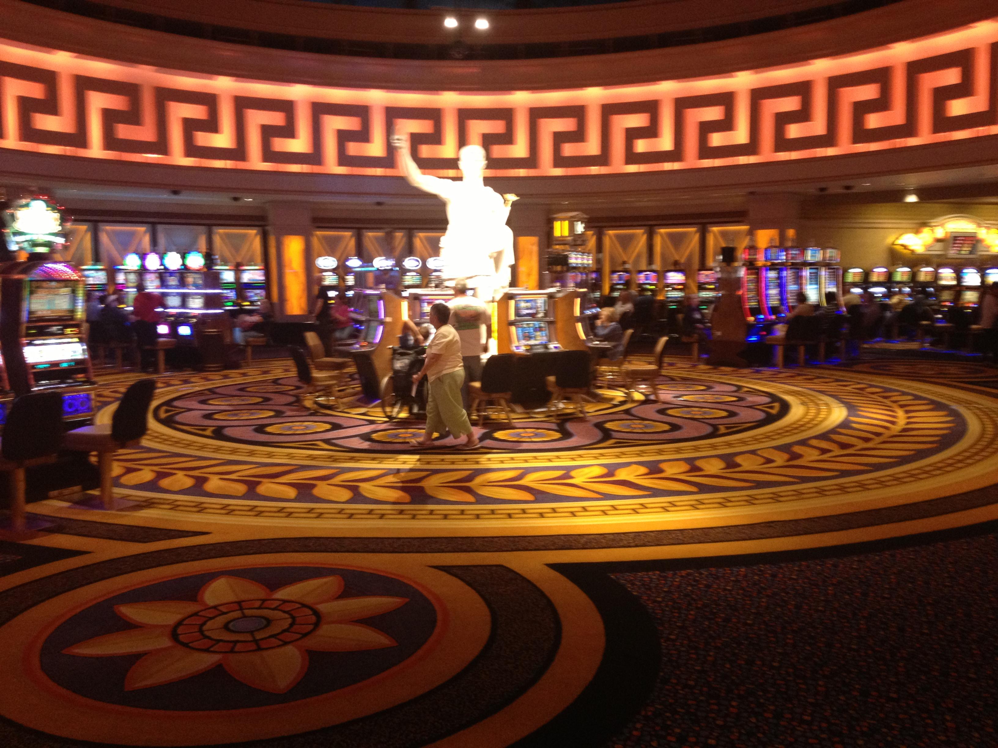 Detroit casino age